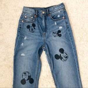 Divided H&M Mickey Slim Mom Jeans